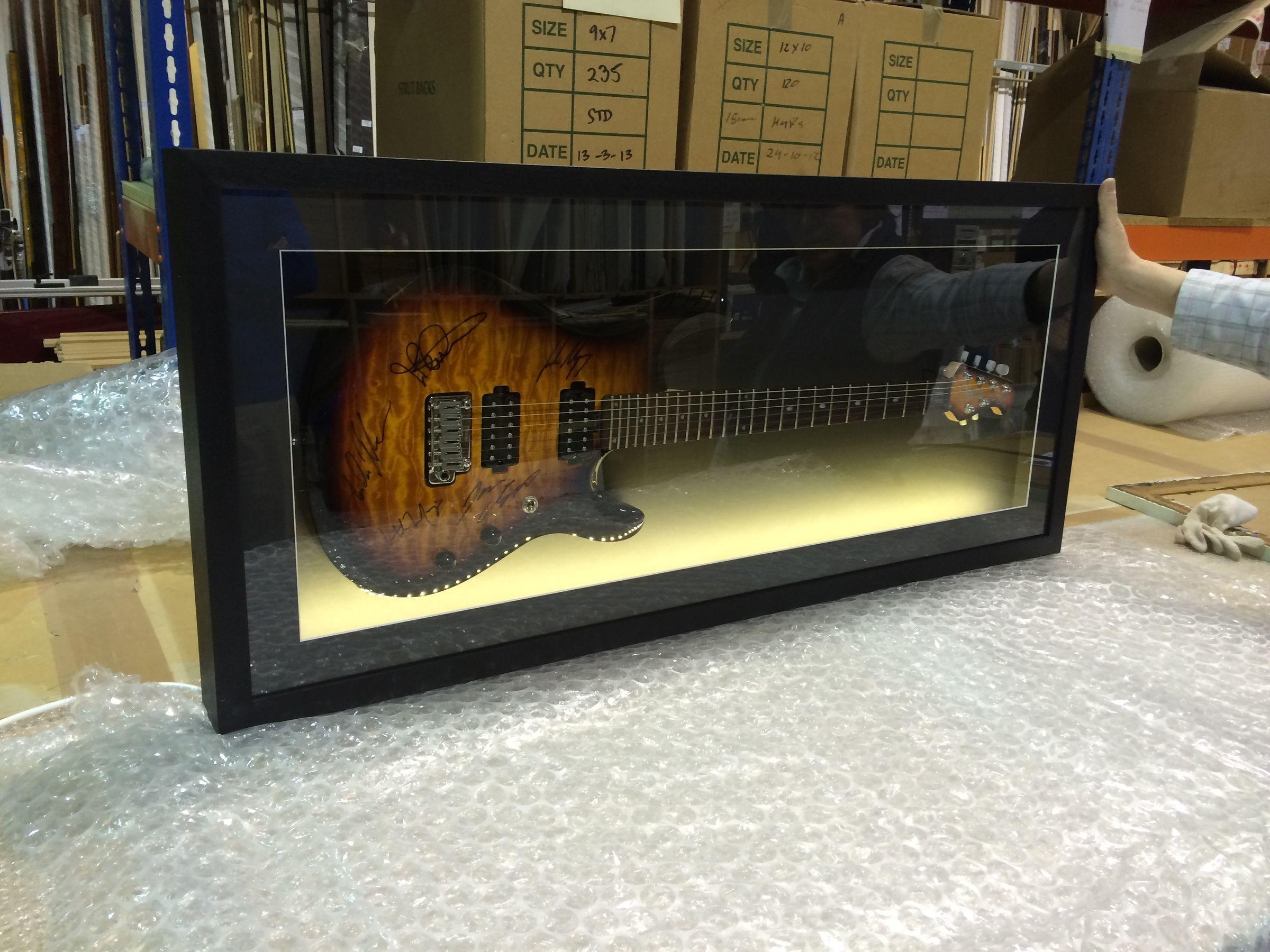 the finished framed guitar