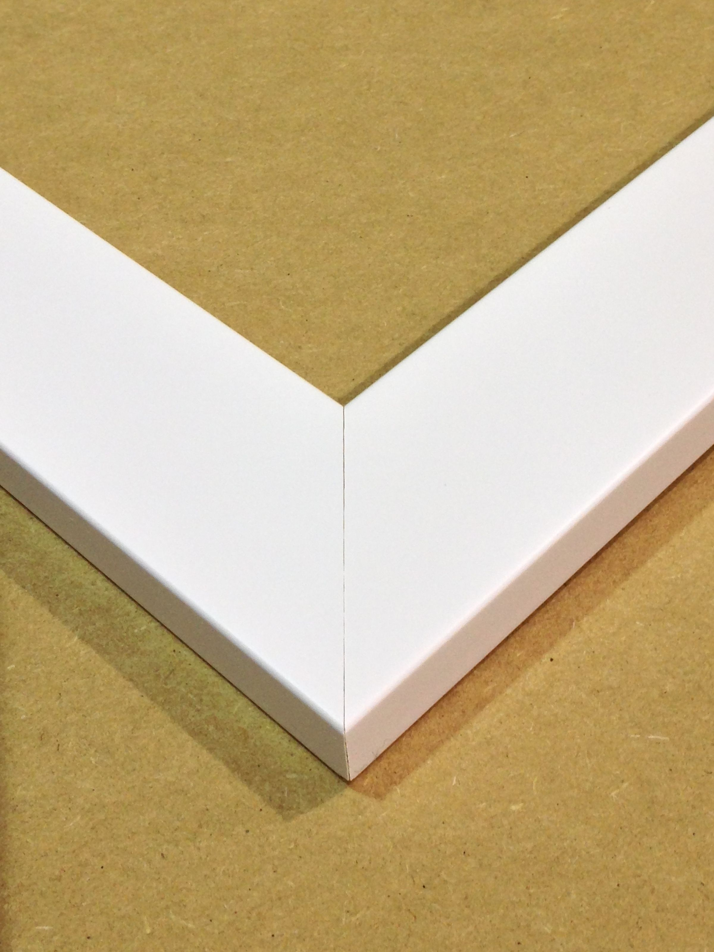 How To Get Perfect Corner Joints on a White Frame / The Wall Space ...